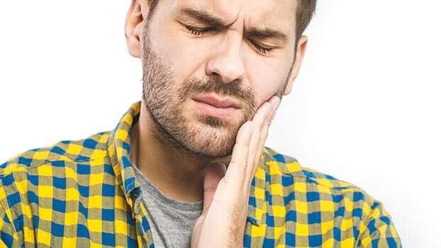 dolore ai denti - mal di denti - pulpite